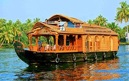 BreathtakingIndia Exclusive: Alappuzha Things to Do | Kerala Things to Do - Backwater cruise