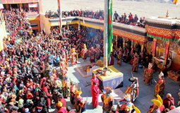 BreathtakingIndia Exclusive: Thikse Monastery Things to Do | Jammu & Kashmir Things to Do - Gustor festival