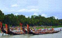 BreathtakingIndia Exclusive: Alappuzha Things to Do | Kerala Things to Do - Nehru Trophy Boat Race